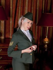 Uniform Galleries